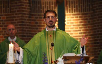 Priesterwijding Mikel Palić